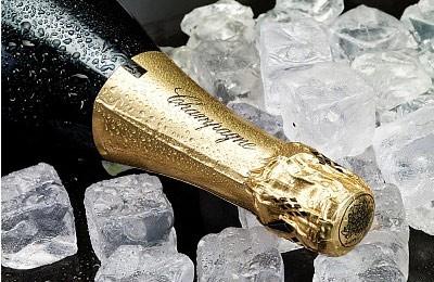 enoteca-barolo-champagne-mar_00000196FBE52A