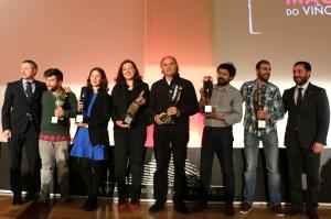 Galardonados de los Premios Mágnum junto a miembros del jurado.