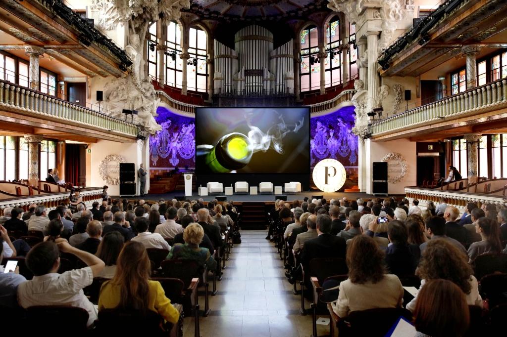 El Palau de la Música de Barcelona ha sido el escenario elegido por el CRDO para la puesta de largo del Cava de Paraje Calificado.