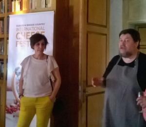 Luisa Villegas y el cocinero Mikel Zeberio  durante la presentación en Madrid del Festival.